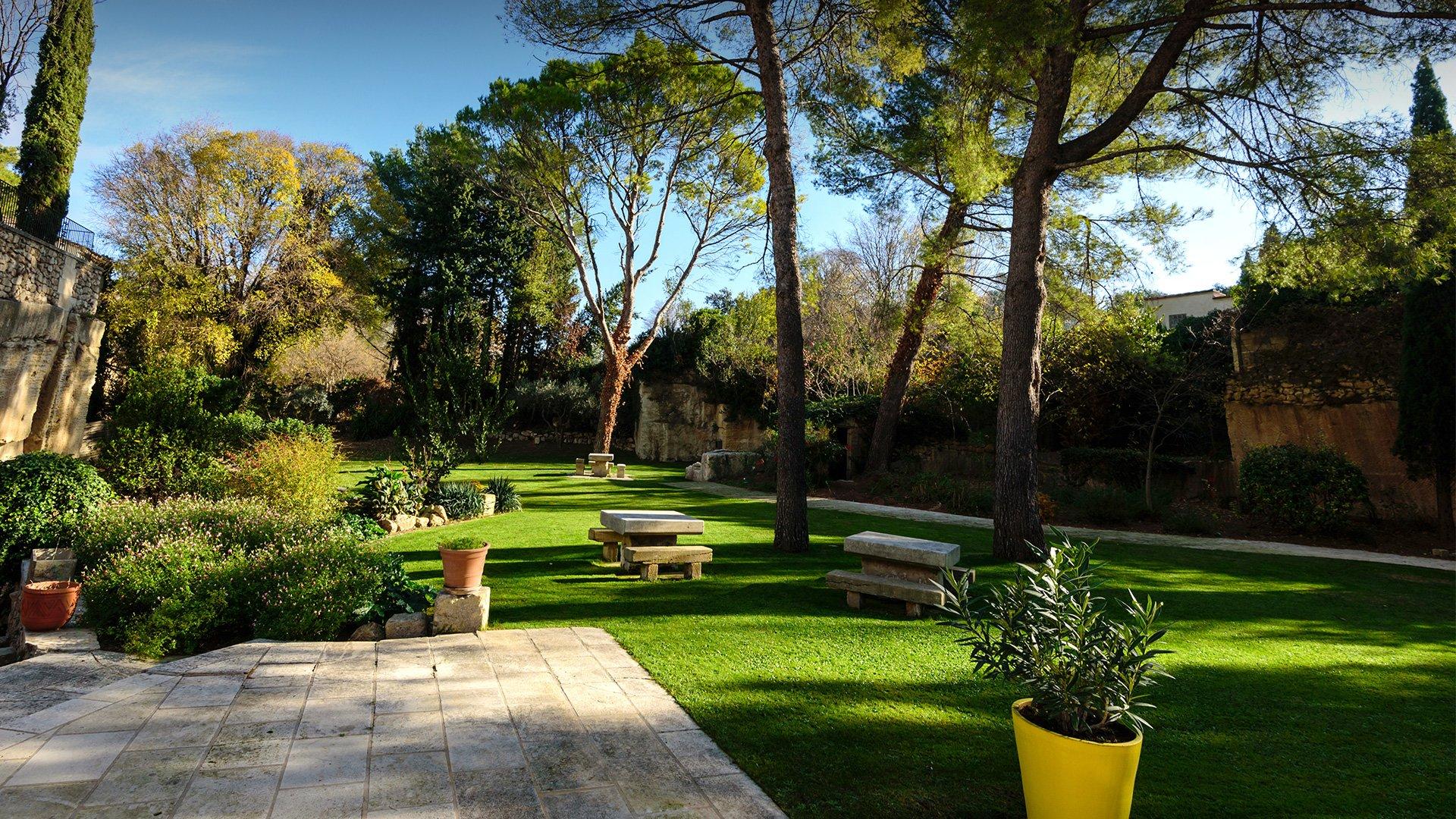 Hotel de charme en Provence : extérieurs