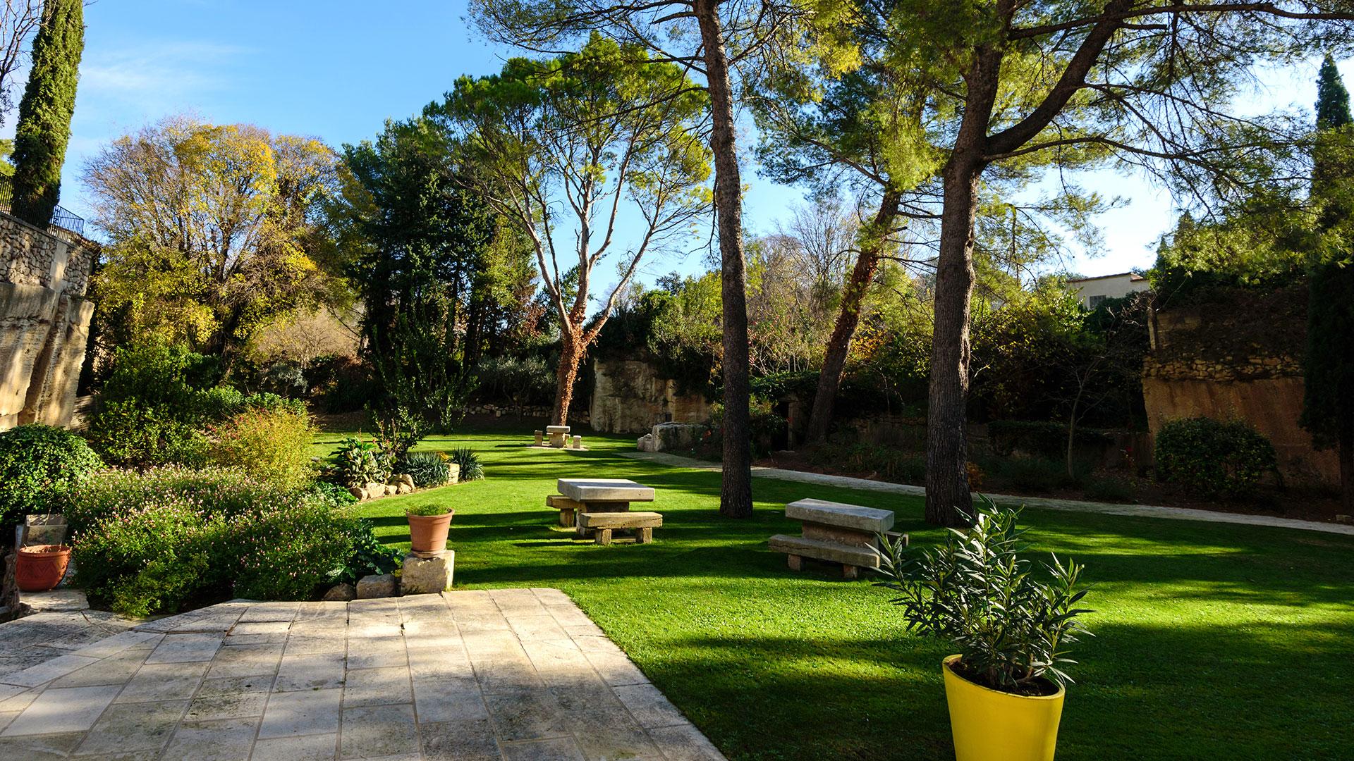 Jardin d'hôtel de charme en Provence