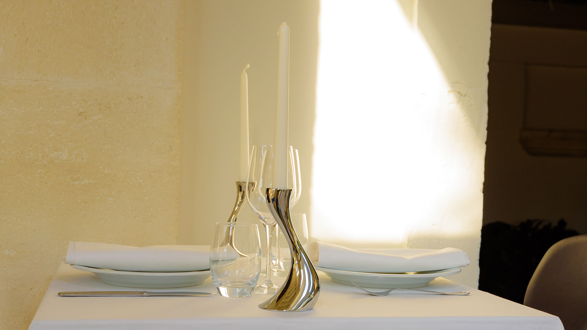 Table de restaurant Fontvieille