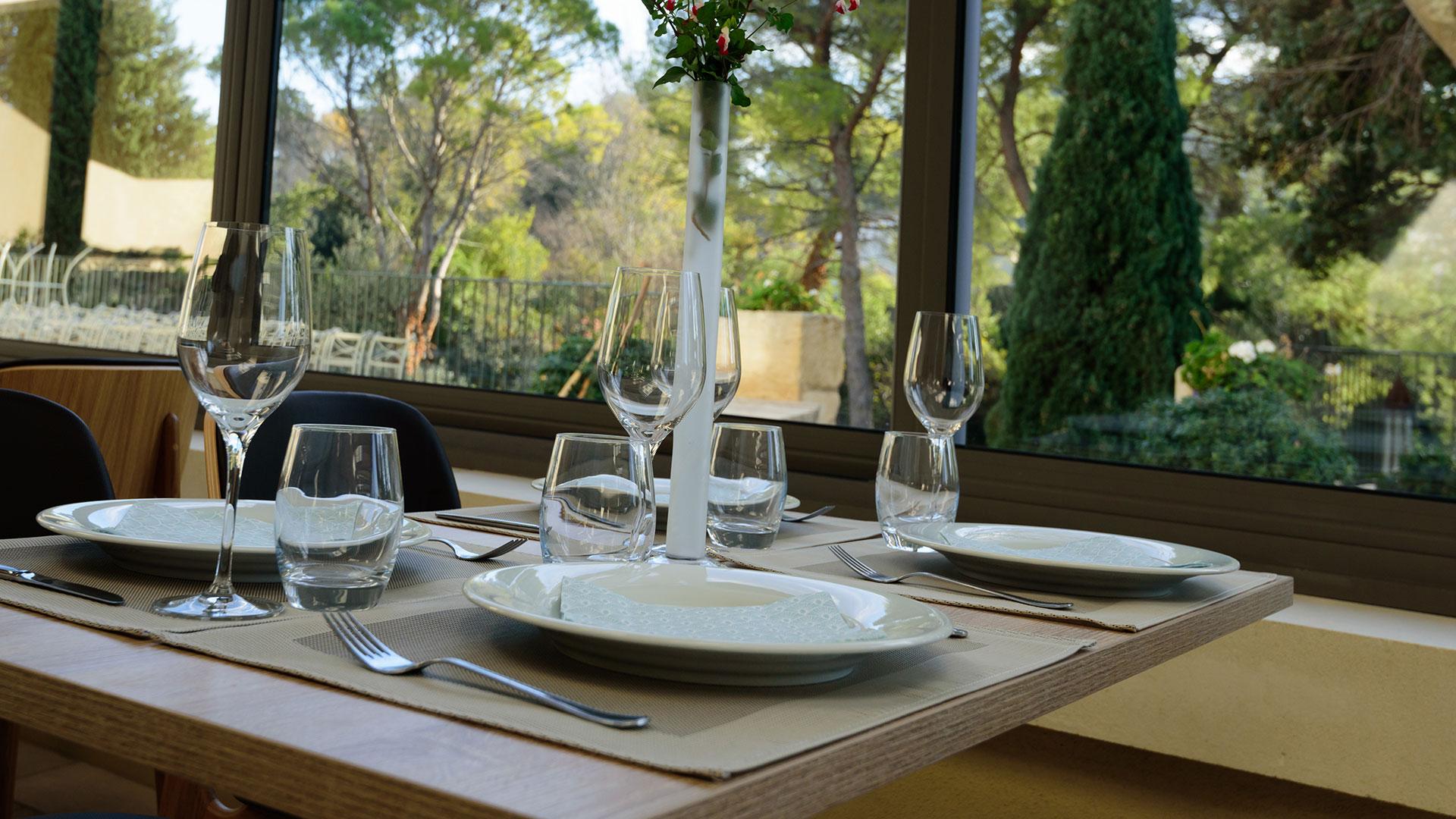 Restaurant Fontvieille avec terrasse