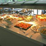 Buffet agrémenté de mets sucrés et salés- Brunch - Hôtel de charme provence